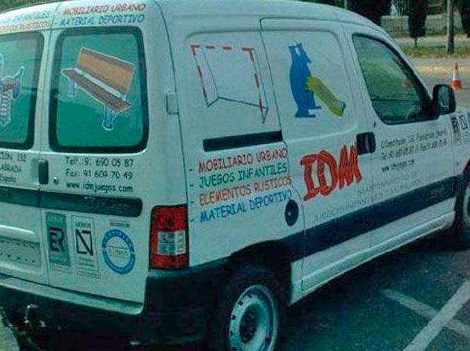 Ventajas de rotular nuestros vehículos con publicidad